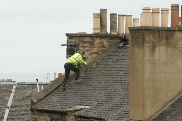 Man Falls Off Roof In Edinburgh Nearly The Edinburgh