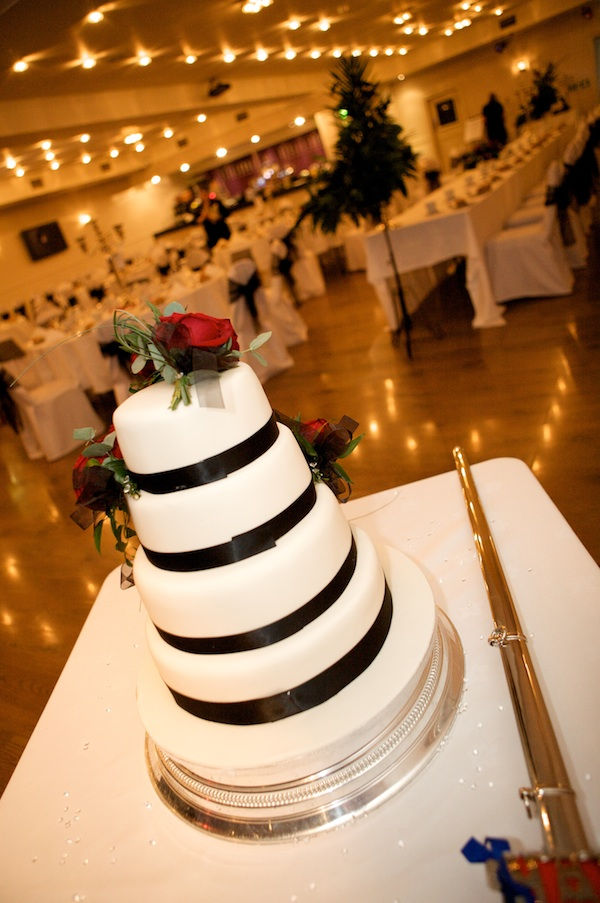 wedding cake deals edinburgh weddings without breaking the bank the edinburgh reporter 22352