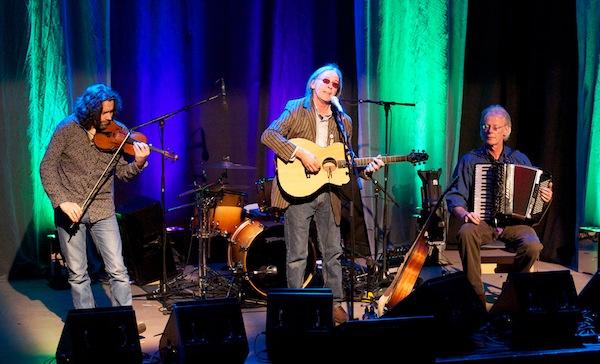 Dougie MacLean Trio (1)