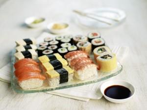 Sushi-resized