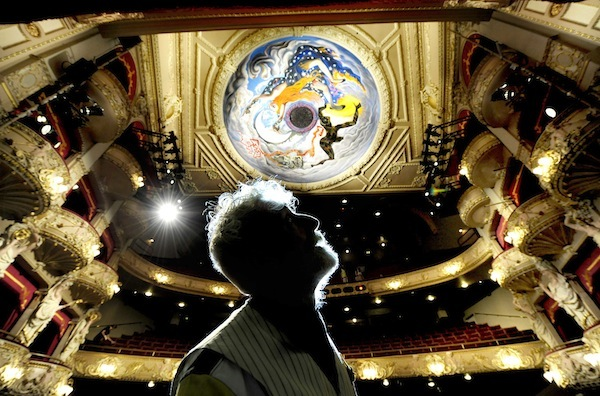 FREE PIC- John Byrne Kings Theatre Mural 05