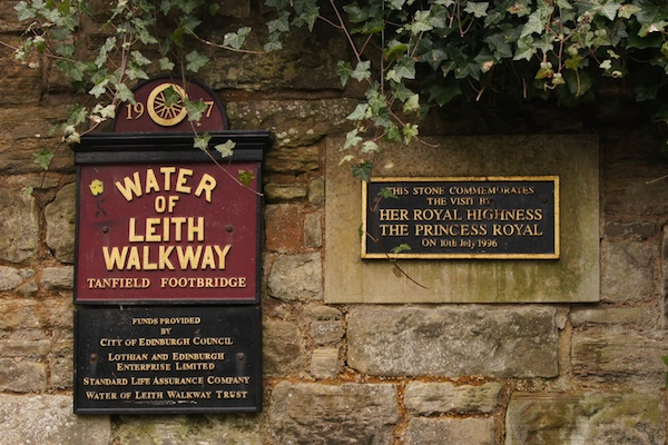 TER Water of Leith Walkway sign