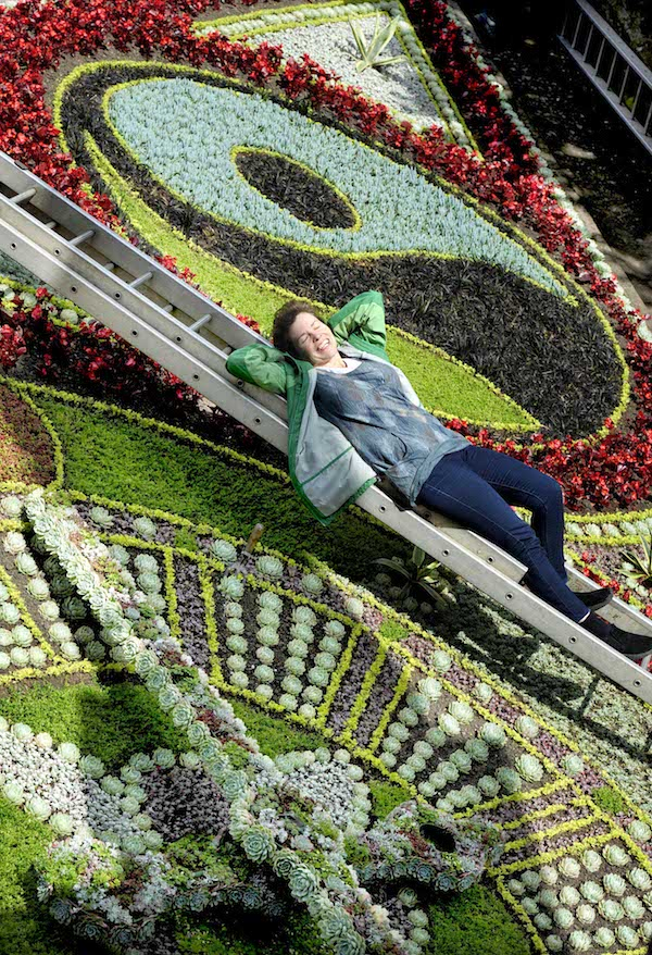 FREE PIC- Edinburgh Floral Clock Fairtrade City 01