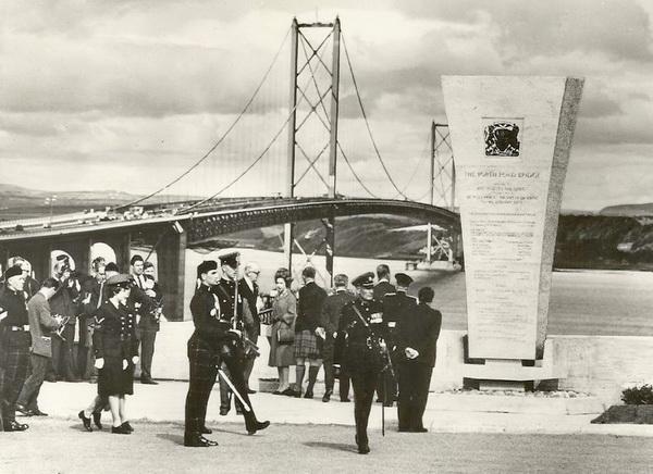 Forth-Road-Bridge-Opening