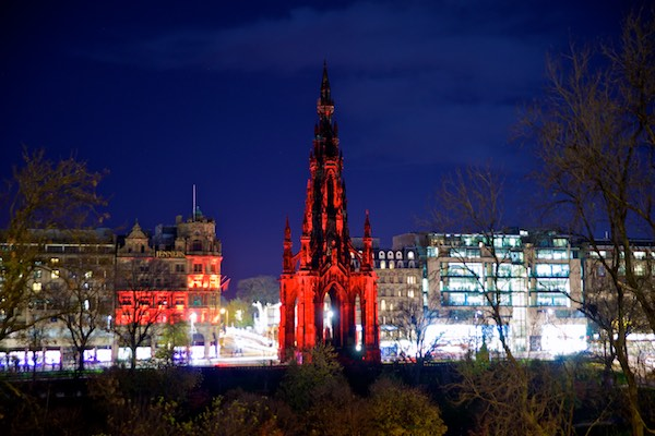 http://www.theedinburghreporter.co.uk/wp-content/uploads/2014/11/2014-Scott-Monument-7.jpg