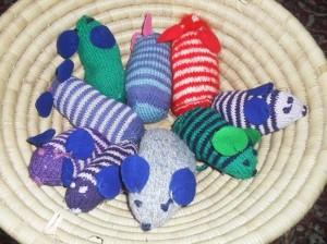 mrs mash mice knitting photo