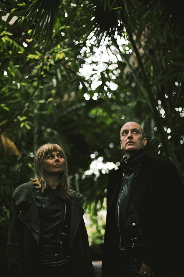 FREE PIC Solas Festival Programme Launch. The Vaselines L-R Frances McKee and Eugene Kelly - Credit Niall Webster