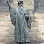 John_Knox_statue,_New_College_Edinburgh