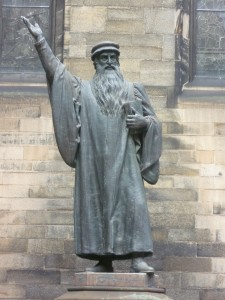John_Knox_statue,_New_College_Edinburgh