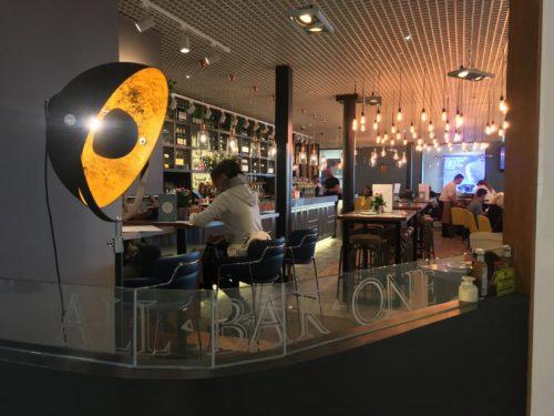 all-bar-one-edinburgh-airport-interior-2