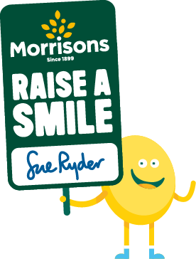 trev-with-sign-sue-ryder-new-2016