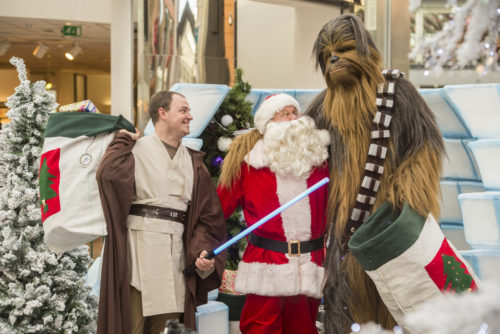 Photos by Phil Wilkinson 07740444373 The Centre , Livingston Christmas 2016 launch event Santa , Star Wars and Elves.