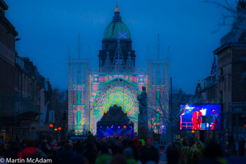 Edinburgh S Christmas Lights Up The Skies The Edinburgh Reporter