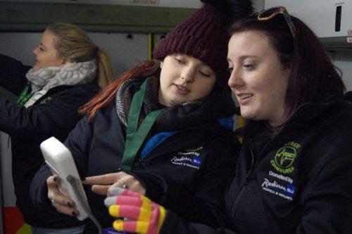 street-assist-edinburgh-volunteers-in-their-new-jackets