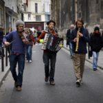 sink-on-paris-streets