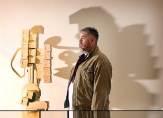 Phill Jupitus and a Paolozzi sculpture