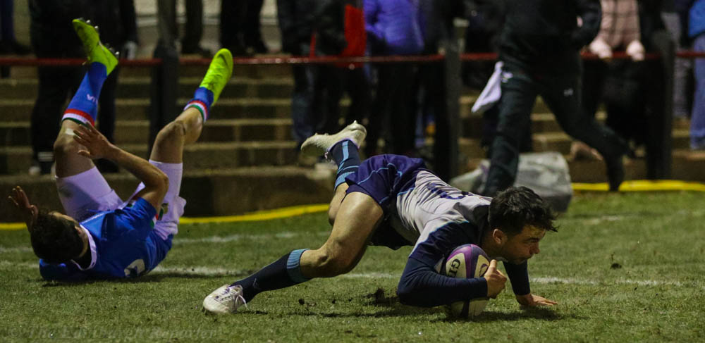 Scotland player scoring a try